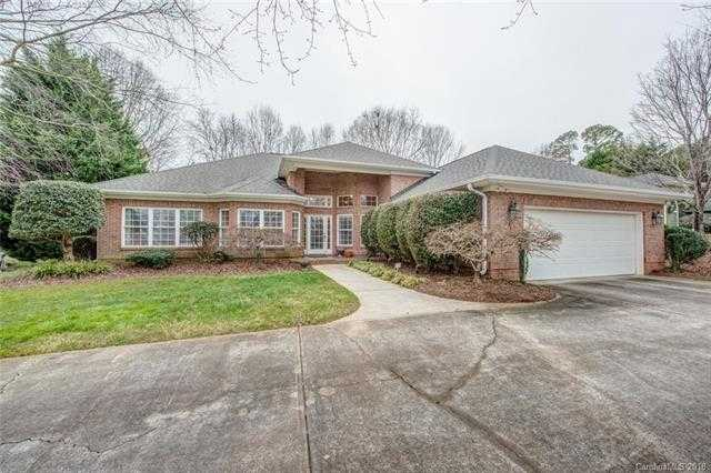 $329,000 - 3Br/2Ba -  for Sale in Fairfield At The Club, Gastonia