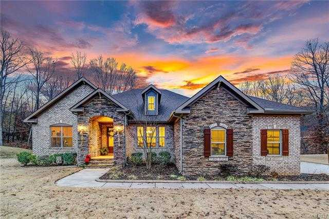 $525,000 - 4Br/3Ba -  for Sale in Montreux, Charlotte