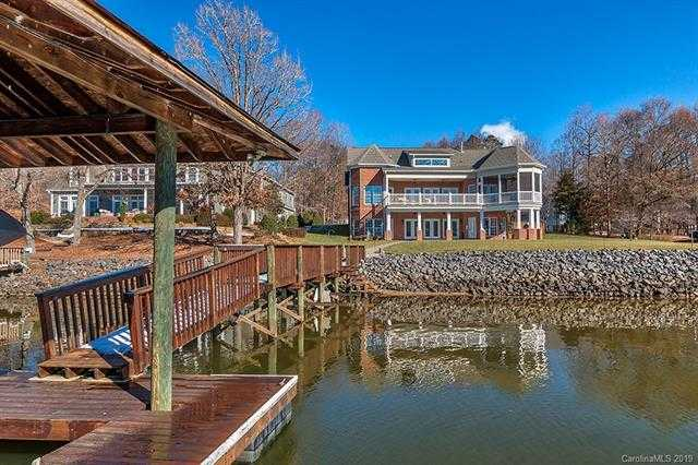 $1,149,000 - 4Br/4Ba -  for Sale in Lake Wylie, York
