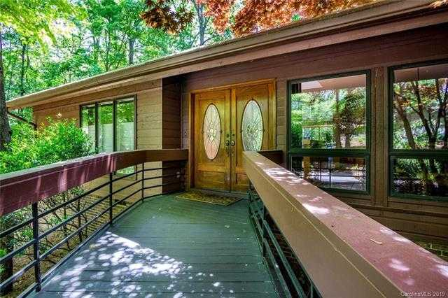 $463,000 - 3Br/3Ba -  for Sale in River Hills, Lake Wylie