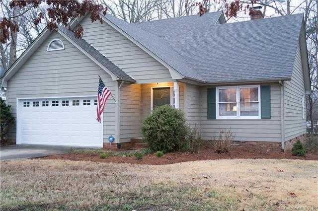 $215,000 - 3Br/3Ba -  for Sale in None, Gastonia