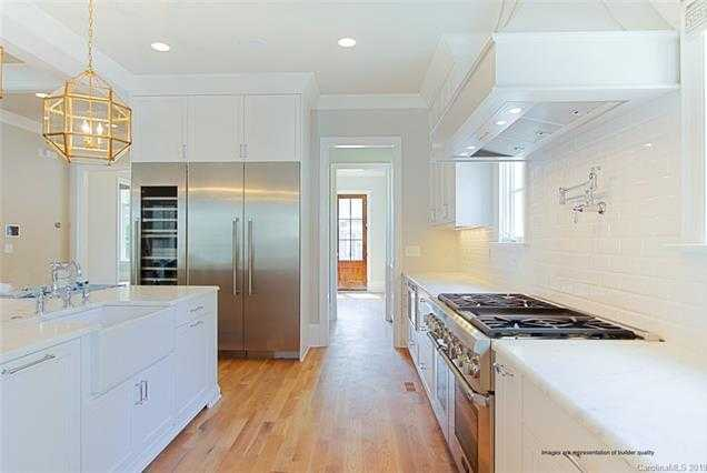 $1,095,000 - 4Br/3Ba -  for Sale in Dilworth South, Charlotte