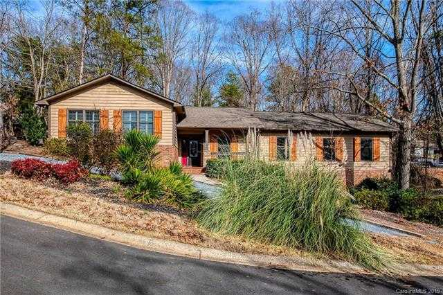 $349,900 - 4Br/3Ba -  for Sale in River Hills, Lake Wylie