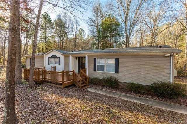 $150,000 - 3Br/2Ba -  for Sale in Waterlynn Downs, Clover