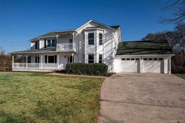 $350,000 - 3Br/4Ba -  for Sale in None, Clover