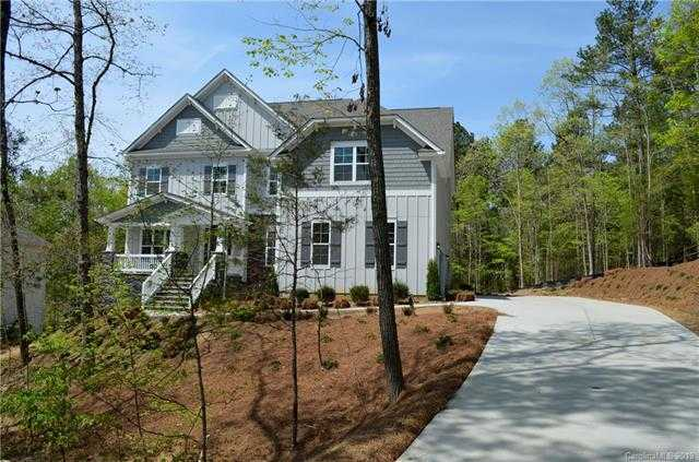 $589,500 - 4Br/4Ba -  for Sale in Heron Cove, Clover