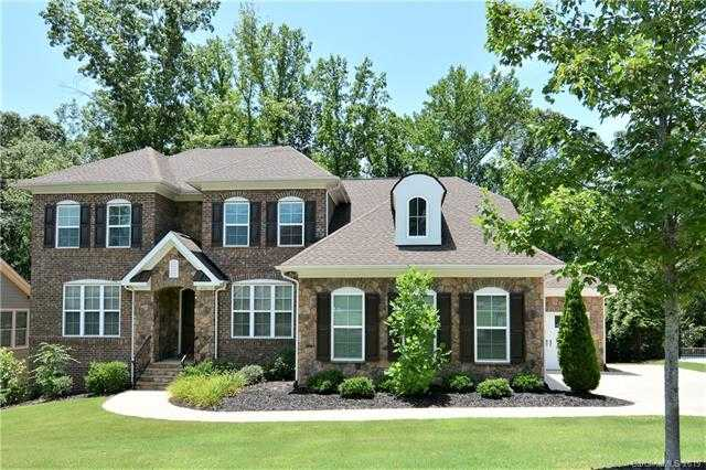 $650,000 - 5Br/4Ba -  for Sale in Eppington South, Fort Mill
