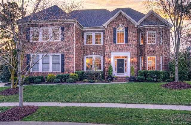 $615,000 - 5Br/5Ba -  for Sale in Lake Shore, Tega Cay