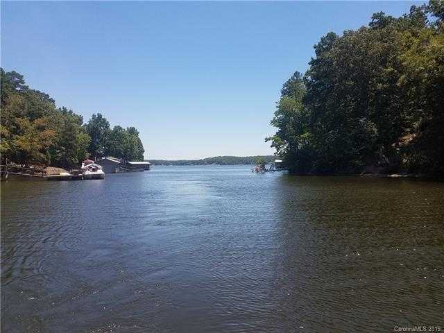 $259,000 - Br/Ba -  for Sale in Lake Wylie