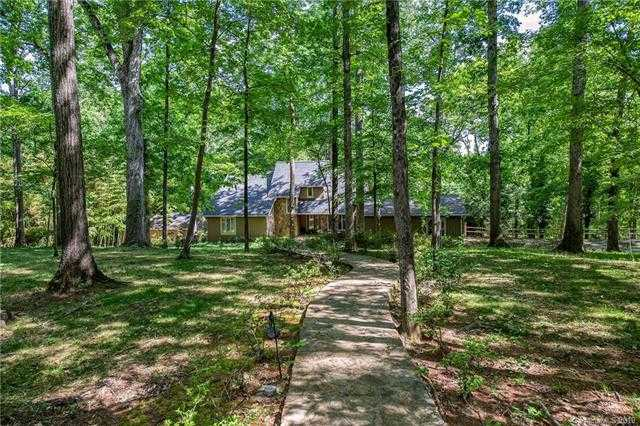 $595,000 - 4Br/4Ba -  for Sale in None, Charlotte