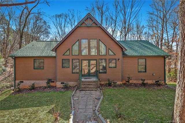 $349,900 - 3Br/2Ba -  for Sale in Lake Wylie, Belmont