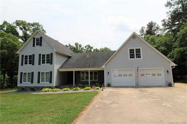 $429,900 - 4Br/4Ba -  for Sale in Amity Acres, Clover