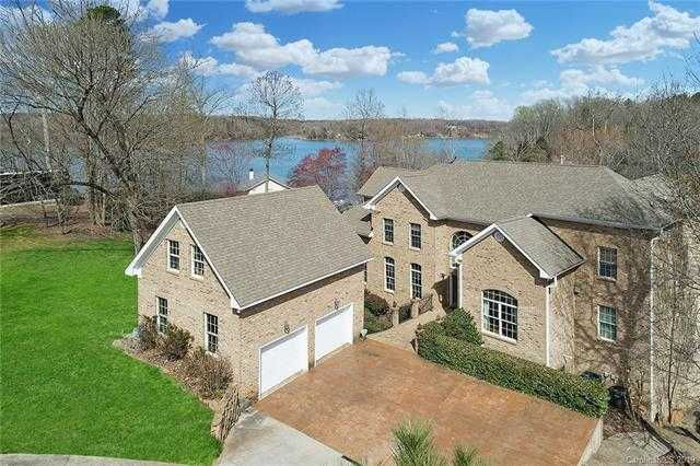 $945,999 - 4Br/6Ba -  for Sale in None, Charlotte