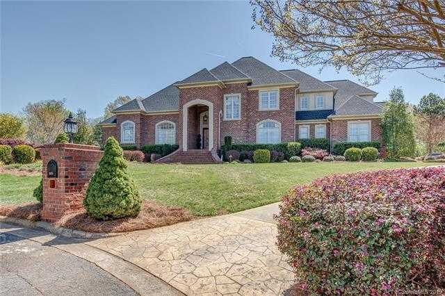 $689,000 - 4Br/5Ba -  for Sale in Lake Forest, Gastonia