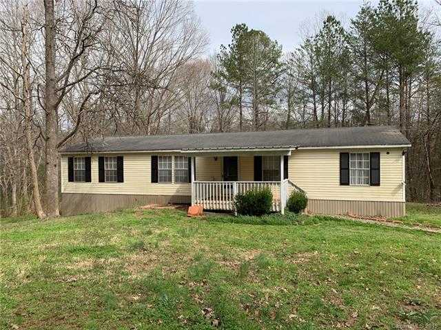 $125,000 - 3Br/2Ba -  for Sale in None, Clover