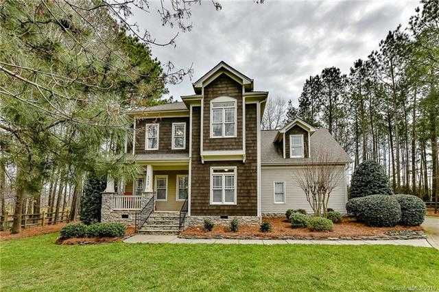 $335,000 - 4Br/3Ba -  for Sale in The Landing, Lake Wylie