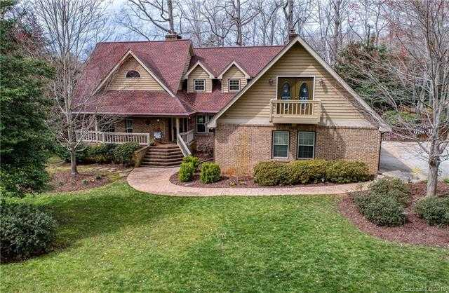 $425,000 - 4Br/3Ba -  for Sale in River Hills, Lake Wylie
