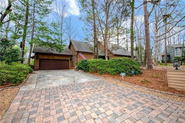 $299,000 - 4Br/2Ba -  for Sale in River Hills, Lake Wylie
