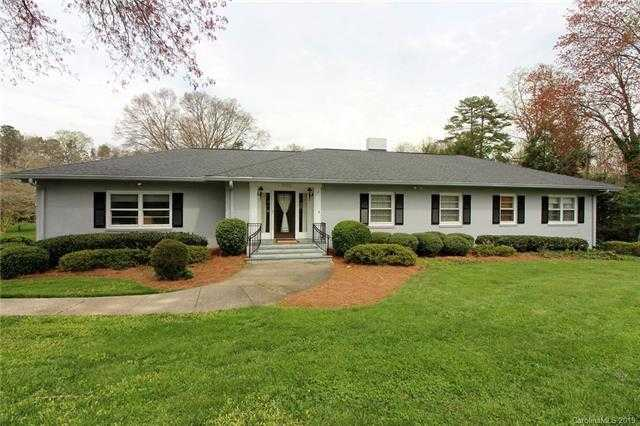 $368,900 - 4Br/4Ba -  for Sale in Armstrong Circle, Gastonia