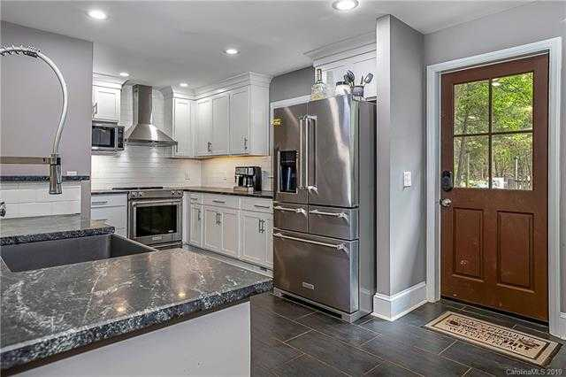 $585,000 - 4Br/3Ba -  for Sale in Yorkshire, Charlotte