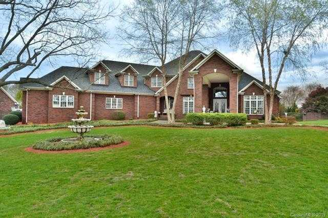 $1,300,000 - 6Br/7Ba -  for Sale in Eppington South, Fort Mill