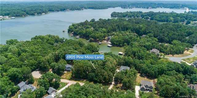$289,900 - Br/Ba -  for Sale in Heron Cove, Lake Wylie