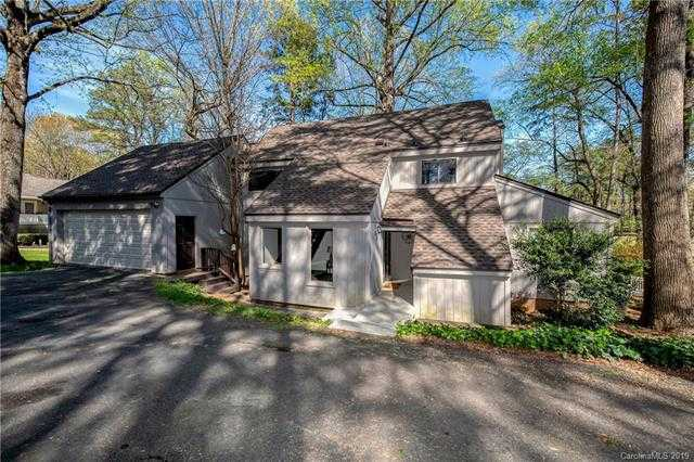 $319,000 - 3Br/3Ba -  for Sale in River Hills, Lake Wylie