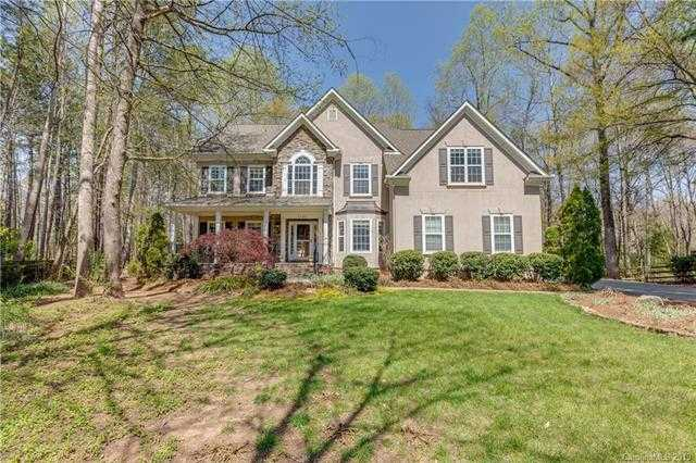 $445,000 - 4Br/4Ba -  for Sale in The Landing, Lake Wylie