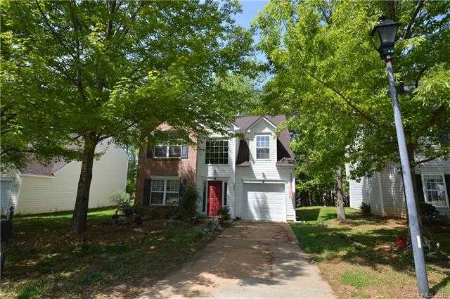 $209,000 - 3Br/3Ba -  for Sale in Forest Oaks, Clover