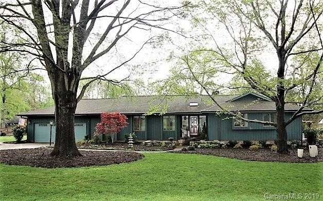 $499,000 - 3Br/3Ba -  for Sale in River Hills, Lake Wylie