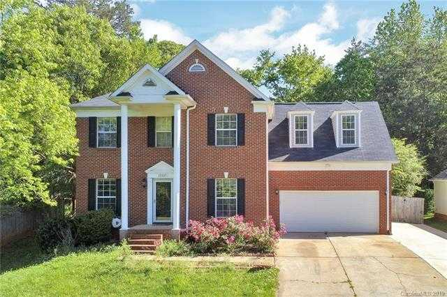 $259,900 - 4Br/3Ba -  for Sale in Wiltshire Manor, Charlotte