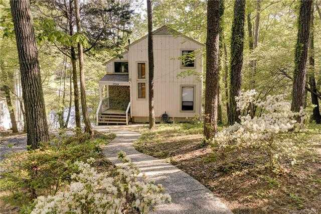 $320,000 - 3Br/2Ba -  for Sale in Tega Cay, Tega Cay