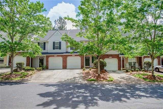 $165,000 - 2Br/3Ba -  for Sale in University Heights, Charlotte