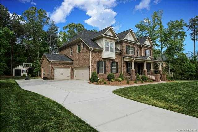 $522,880 - 5Br/3Ba -  for Sale in Handsmill On Lake Wylie, York