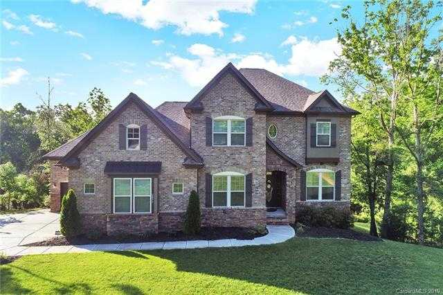 $674,900 - 6Br/4Ba -  for Sale in Heron Cove, Lake Wylie