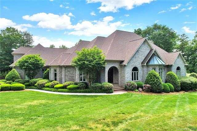 $894,900 - 4Br/7Ba -  for Sale in Ardrey Acres, Fort Mill