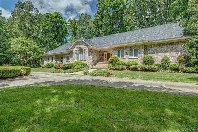 $1,200,500 - 4Br/4Ba -  for Sale in Waterford Green, Gastonia
