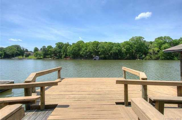 $449,000 - 2Br/1Ba -  for Sale in Lake Wylie, Charlotte