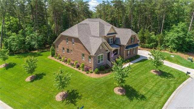 $589,900 - 5Br/5Ba -  for Sale in Handsmill On Lake Wylie, York