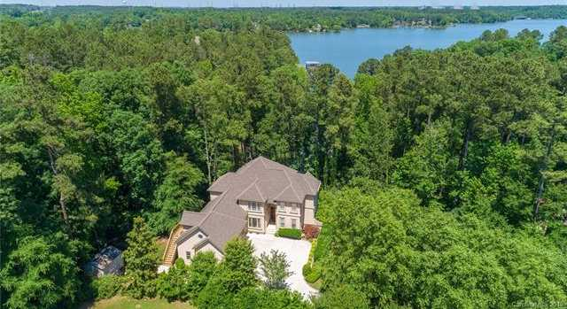 $895,000 - 6Br/6Ba -  for Sale in Mariners Bluff, York