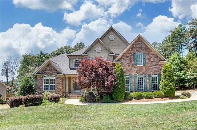 $695,000 - 6Br/6Ba -  for Sale in Serenity Point, Tega Cay