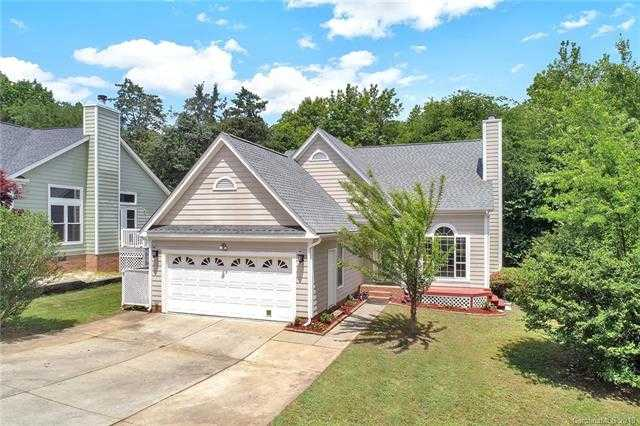 $245,000 - 4Br/3Ba -  for Sale in Yorkshire, Charlotte