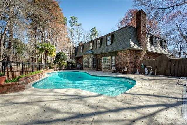 $599,000 - 5Br/4Ba -  for Sale in River Hills, Lake Wylie