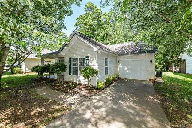 $215,000 - 3Br/2Ba -  for Sale in Glenwyck, Huntersville