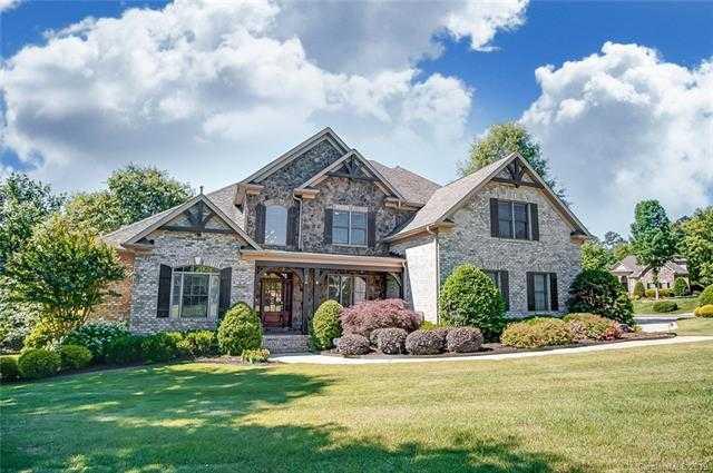$629,000 - 4Br/4Ba -  for Sale in Carolina Coves, Lake Wylie