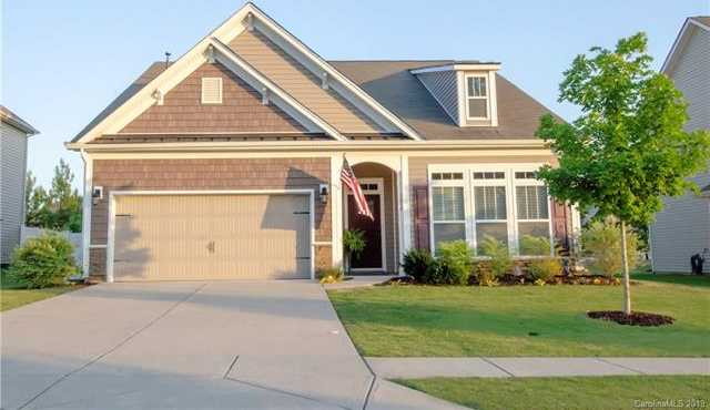 $319,000 - 4Br/3Ba -  for Sale in Timberlake, Clover