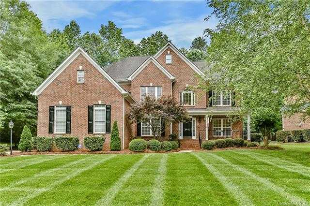 $575,000 - 6Br/4Ba -  for Sale in The Landing, Clover