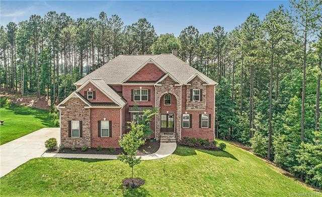 $598,600 - 7Br/6Ba -  for Sale in Handsmill On Lake Wylie, York