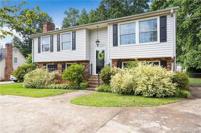 $215,000 - 4Br/3Ba -  for Sale in Gardner Woods, Gastonia