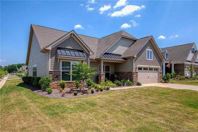 $319,900 - 3Br/2Ba -  for Sale in Summerhouse, Lake Wylie